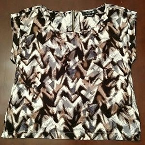 SALE! Forever 21 Patterned Top